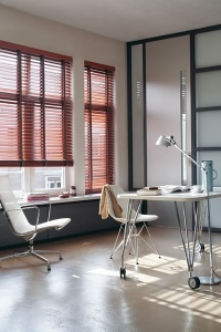 Hollywood Venetian Faux Wood Blinds in Hadleigh, Essex